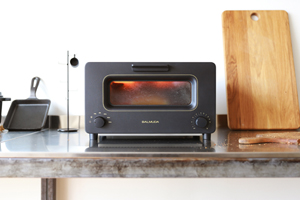 BALMUDA-the-toaster-sub1.jpg