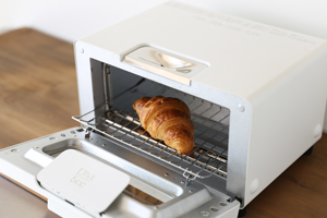 BALMUDA-the-toaster-sub2.jpg